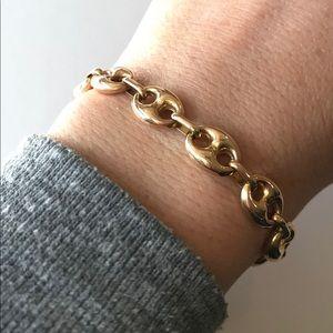 Jewelry - 14kt yellow gold link bracelet.